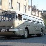 A nosztalgiabusz 2009-ben is számos érdeklődőt vonzott, Révai Miklós utca, Győr